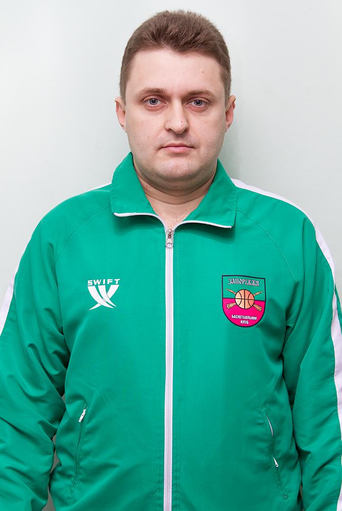 Тренер-лікар - Андрій Олександрович СЕМЕНОВ